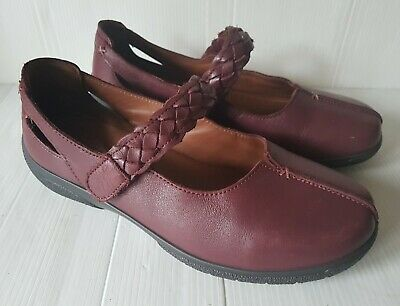 Ladies HOTTER Size 7 EE WIDE EXF Burgundy Leather Flat Mary Jane Comfort Shoes