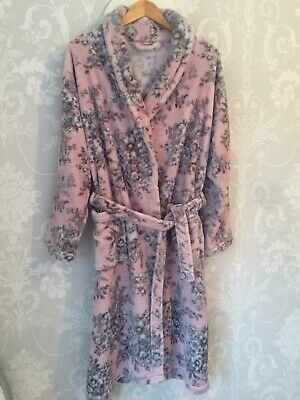 M & S Dressing Gown Size 16/18