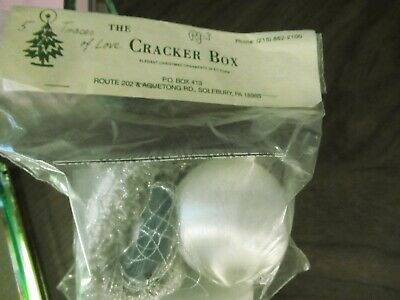 The Cracker Box Ornament Kit - Traces of Love