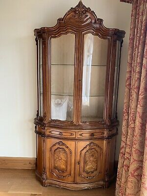 Italian Style Marquetry Bowed Glass Front Corner Display Cabinet