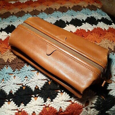 Vintage Distressed  Leather Dopp Kit Toiletry Bag  Travel Mellow Touch Cowhide