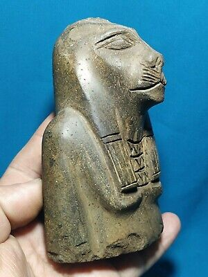 The strong lady Sekhmet, the civilization of ancient Egypt