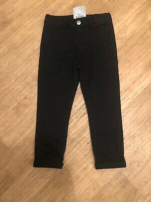 Bnwt Marks And Spencer M&s Boys Casual Black Trousers 3 To 4 Years