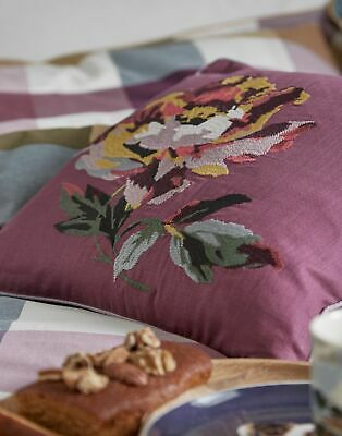 Joules Home Country Ramble Cushion - PURPLE FLORAL in One Size
