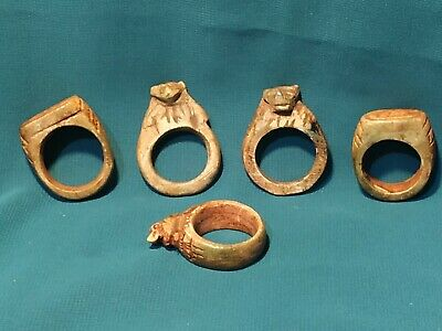 Pharaonic rings are very rare.  5