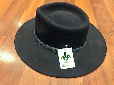 Genuine Scouts Australia Hat - Navy - PureWool - Badge - BNWT -RARE DISCONTINUED