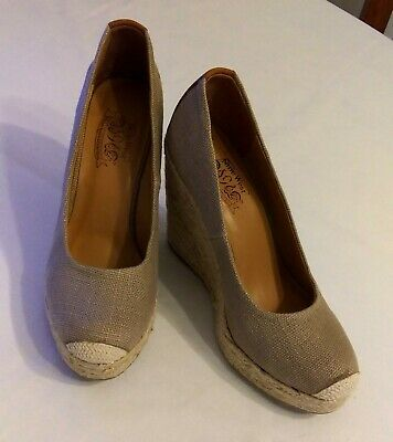 Nine West Vintage America Collection Wedge Espadrille Heels Size 8.5 Beige
