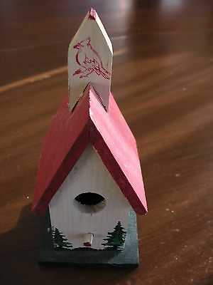 """Decorative Hand Crafted Wooden Bird House with Red Roof 6"""" h Good cond"""