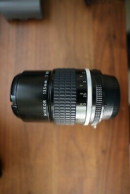 【NEAR MINT】NIKON AIS NIKKOR 135mm F/2.8 1:2.8 MF Telephoto Lens MADE IN JAPAN