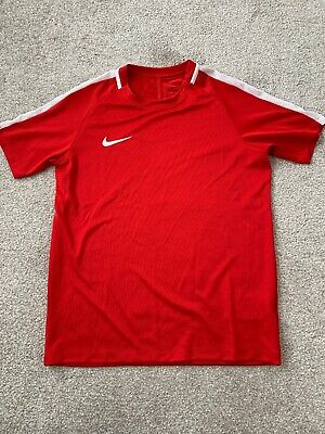 Nike Red Sports top Dri-fit Size Large / 12-13 Years