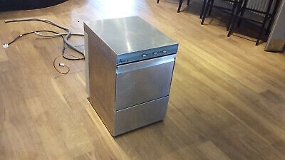 Amika 4x commercial glass washer 39 × 39 basket with drain pump