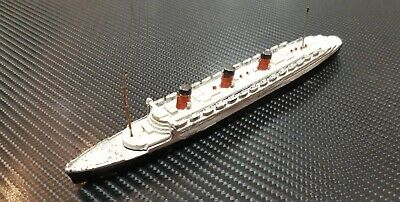 Dinky Toys Cunard White Star  Queen Mary