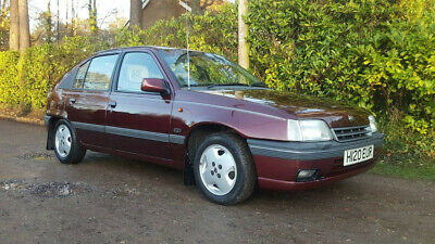 1990 Mk2 Astra CDI 1 8 stunning Full history 1 prev owner only 34 000 miles
