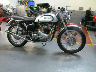 Norton Slimline 750 Commando