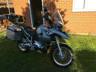 BMW R1200GS 2006 complete with BMW Aluminium panniers