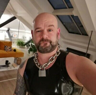 10mm thick master slave chain with 40mm master lock. BLUF leather gay interest