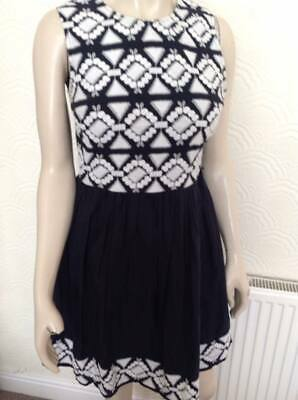 Gorgeous navy and white dress from Red Herring. Size 12.