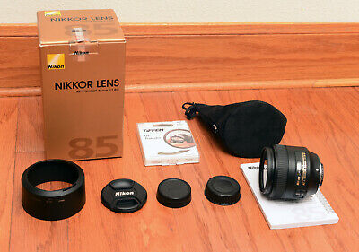 PRISTINE NIKON  AF-S NIKKOR 85mm f1.8G LENS BOXED, HOOD+CAPS+POUCH+UV+MANUAL