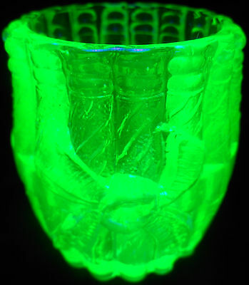 Green Vaseline Uranium glass toothpick holder stogie barrel whiskey wine / match