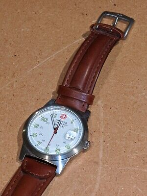 Men's  Wenger Swiss Military 7290X White Face Green Dial Brown Leather Band NICE