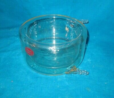 Labglass Jacketed 600ml Glass Beaker/Dish 3/8 with Hose Connections