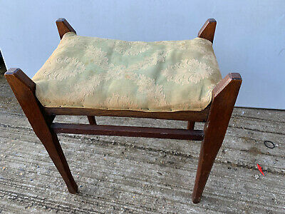 Vintage wood piano stool with padded material top lot MZ29020V