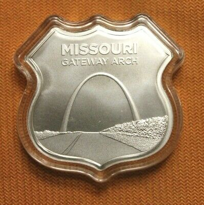 1 oz .999 silver Route 66 commemorative Missouri Gateway Arch sign shaped bar