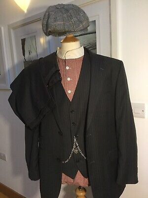 Peaky Blinder's Vintage Suit, Waistcoat And Cap . Size 42 R