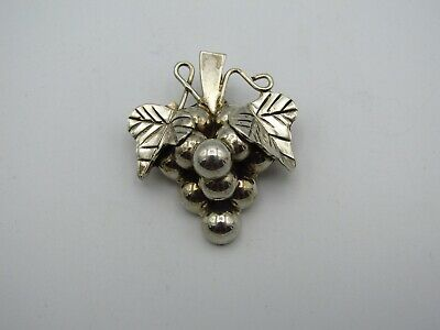 """Nice 1.5"""" Sterling Silver Bunch Of Grapes Pendant Pin Brooch .925"""