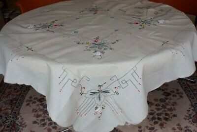 Vintage Cream Cotton Embroidered Tablecloth and  6 Serviettes #22