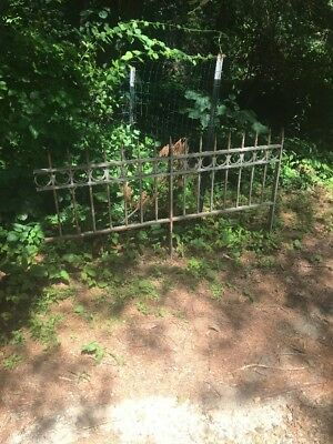 "ANTIQUE VINTAGE METAL CAST IRON WROUGHT GARDEN FENCE 5'2"" VERY HEAVY upto 50'"