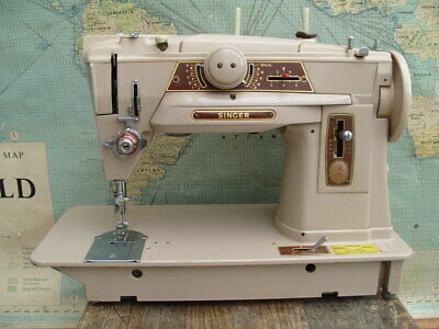 VINTAGE SINGER 401G ZIG ZAG  SEWING MACHINE TESTED G.W.O (Needs a foot pedal)