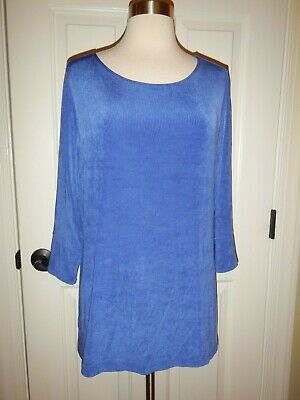 Travelers Chico's 2 = Size 12 / 14 Blue Acetate Top