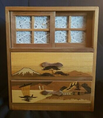 BEAUTIFUL Vintage Wooden Japanese mini chest Jewelry Box Inlay Etched scenic