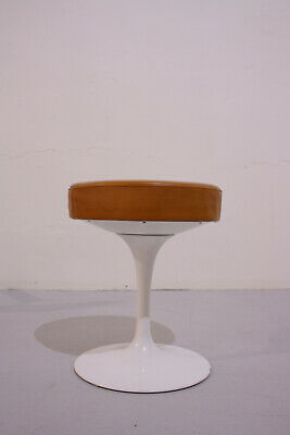 vintage Eero Saarinen Tulip Hocker Knoll International Leder cognacfarben 60er