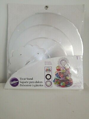 Wilton Treat Stand With Light Up Top. Free Shipping!