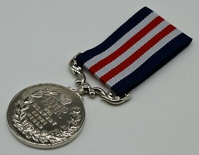 Silver Replica Elizabeth II Military Medal & Ribbon, Bravery in the Field ER-II