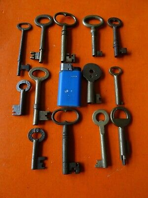 13 Old Antique Brass Keys  Key Lock Padlock  Door Padlocks Locks Patent Picard