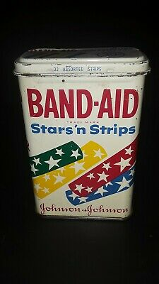 Vintage 1950s Stars 'n Strips 32 Count Assortment Tin NO BANDAGES INCLUDED