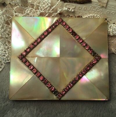 Mother of pearl shell Pink rhinestone vintage 50s powder Compact