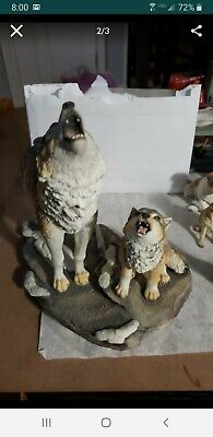 Wolf And Pup Howling Statue