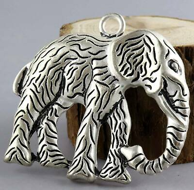 China Decorate Tibet Silver Hand-Carved Lovely Elephant Delicate Noble Pendant