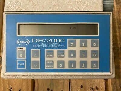 Hach  Direct Reading  Spectrophotometer  DR/2000