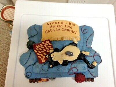 Resin cat plaque - Around This House The Cat's in Charge!