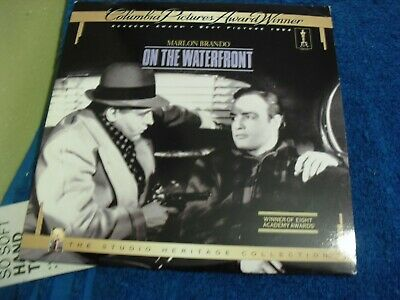 "Laser Disc "" On The Waterfront "" Stars Marlon Brando , Rod Steiger & Karl Malden"