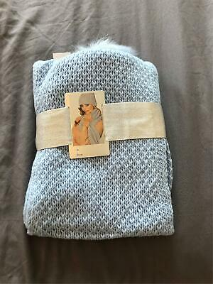 New York & Company Hat, Fingerless Glove, and Scarf Gift Set KD4 Blue One Size