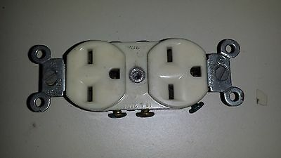 NOS Leviton Ivory INDUSTRIAL Receptacle Duplex Outlet 15A 250V 5028-1