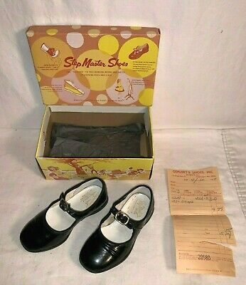 Vintage 1968 pair STEP MASTER black strap GIRLS shoes TODDLER Baby 5 1/2 D
