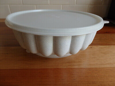 RetroTupperware Jelly Mould  Speckled base, clear lid . Three piece.