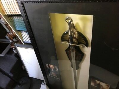 LORD OF THE RINGS SWORD WITH PLAQUEKing Elessar.